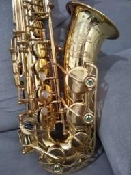 Lindo e único Saxofone Yamaha - YAS-62 década de 80