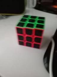 Cubo 3x3 semeprofissional