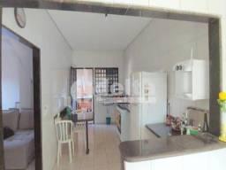 Casa à venda com 3 dormitórios em Granada, Uberlandia cod:33268