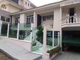 Casa 4 dormitórios no bairro Itaguaçu