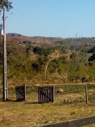 Área rural com 57.300 hequitaqries escriturado a 110 km da capital Cuiabá