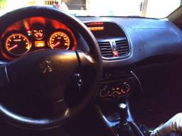 Peugeot 207 1.4 xr Passion (aceito carro/moto de menor valor)