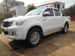 Toyota Hilux country Srv (Leia o anúncio compra facilitada)