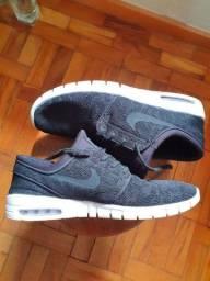 Tênis Nike SB Janoski Max 44BR/ 12US