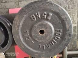 Anilhas de 25 kg ( 8 reais o Kg)