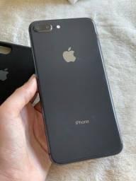 Título do anúncio: iPhone 8 Plus 64gb preto seminovo