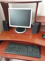 Computador de Mesa Processador AMD Sempron LE-1200 com monitor