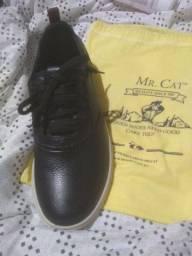 Vendo sapato Mr. Cat NUNCA USADO tamanho 40