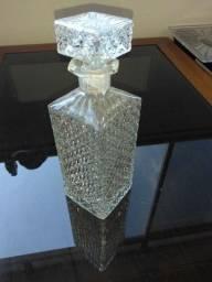 Garrafa de whisky em Demi cristal antiga