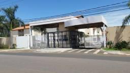 Título do anúncio: Apartamento térreo com 3 dormitórios (1 suíte), Coliseu Residence, Centro, Pirassununga -