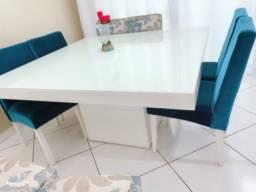 Título do anúncio: Mesa de jantar 8 lugares quadrada pouco tempo de uso