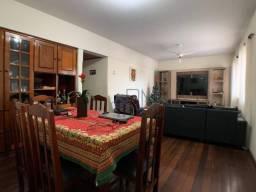 Apartamento com 03 Quartos no Centro de Barra do Garças-MT