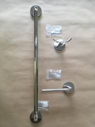 02 Jogos (conjuntos) de metais em inox para banheiro, acabamento redondo.