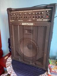 Vendo esta linda caixa amplificada toda funcionando valor 400 reais. Zapata *