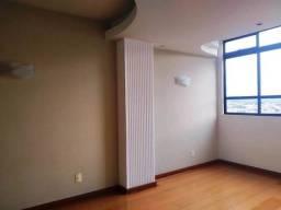 Apartamento em Itaúna, com 03 quartos e 03 banheiros