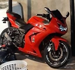 Vendo ou troco por carro. Kawasaki ninja 250