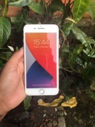 Título do anúncio: Vendo iPhone 7 Plus ou troco com volta da pessoa