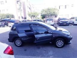 Peugeot 207 escapad super bem cuidado