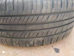 Título do anúncio: Roda wolks 15 com pneus mais que meia vida....