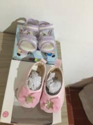 2 pares de sapatinhos menina