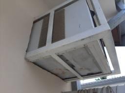 Suporte de ferro de ar condicionado  7500 BTU