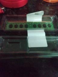 2 GB de RAM DDR3 PC 40 reais
