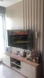 Painel com suporte para TV e com gavetas