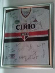 Camisa do SPF ano de 1998 com autógrafos de todos os jogadores
