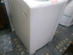 Máquina de Lavar Electrolux com Defeito 8 K