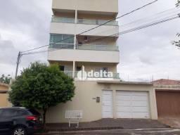 Título do anúncio: Apartamento com 2 dormitórios para alugar, 65 m² por R$ 1.000,00/mês - Santa Mônica - Uber