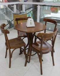Título do anúncio: Mesa E Cadeiras Shopping Madeira Cafeteria Restaurante Bar