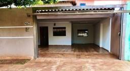 Linda Casa Jardim Monumento Próxima da AV. Guaicurus