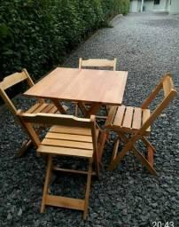 Título do anúncio: Mesas e cadeiras dobráveis!!!!!