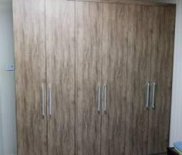 Guarda-roupa 6 portas marrom