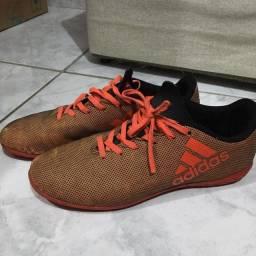 Chuteira original Adidas número 36