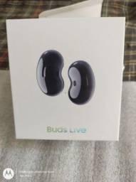 Vendo esse fone de ouvido Galaxy Buds live, aceito cartão de crédito e débito.