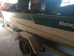 Barco Karib 410, com motor Yamaha 15 hp e carreta!! barbada!!! - 1990