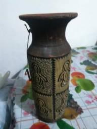 Vazo de cerâmica vazado de colecionador !! 30$ (preço não baixa)
