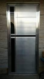Vando porta e janela abaixo do preço serraria