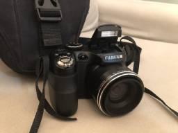 Câmera semi-profissional FujiFilm