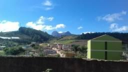 Vendo casa nas montanhas!