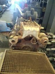 Motor diesel MWM V12 bi turbo