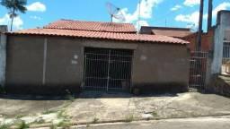 3 casas no bairro Parque das Andorinhas em Cosmópolis-SP. (CA0119)