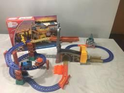 Pistas e acessórios Thomas e Seus Amigos - 2