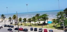Apto prédio redondo de frente para o mar em Peruíbe