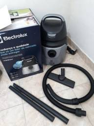 Aspirador Electrolux Pó e Agua Novo