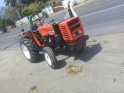 Vendo trator agrícola f *