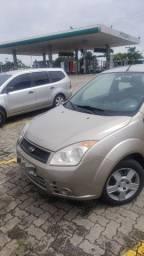 Fiesta sedan Zetec 1.6/2008
