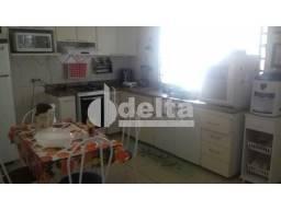 Casa à venda com 3 dormitórios em Jardim botanico, Uberlandia cod:27538