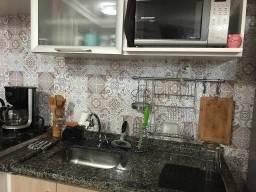 Apartamento com 2 dormitórios à venda, 52 m² por R$ 280.000,00 - Jardim Flor da Montanha -
